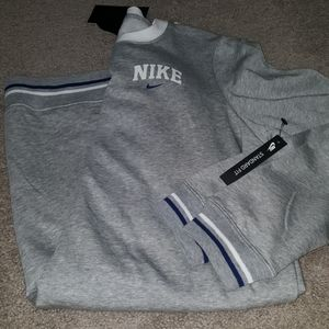 Nike  varsity sweatshirt Dress crew neck